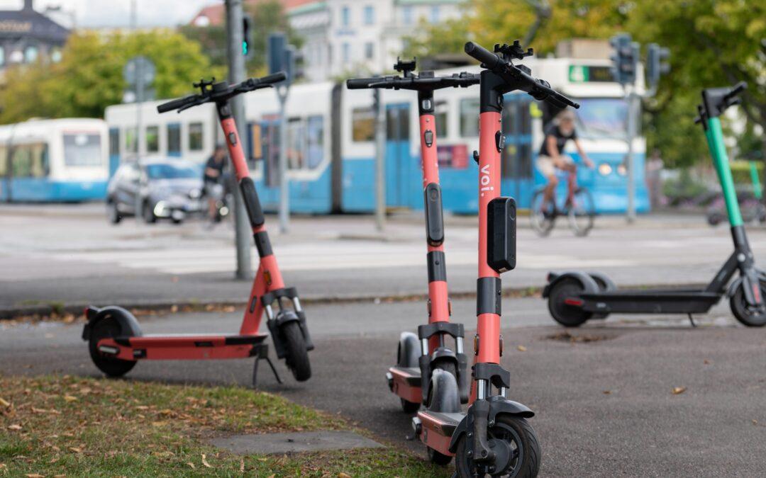 Ny mikromobilitetsavgift sätter käppar i hjulen för elsparkcyklar
